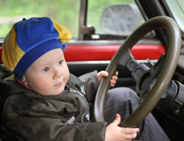Правила путешествия на автомобиле с ребенком